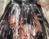 klostuota suknelė Urpeja