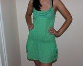 Nauja žalia bershka suknelė