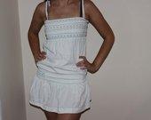 Nauja bershka šviesaus džinso imitacijos suknelė