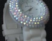 Baltas laikrodukas