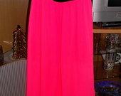 Neonines spalvos sijonas