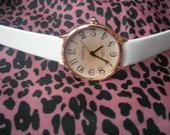 Moteriškas baltas laikrodis