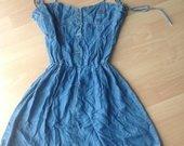 Lengvo džinso suknelė