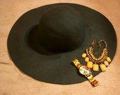 Plačiabrylė skrybėlė