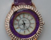 Violetinis laikrodis