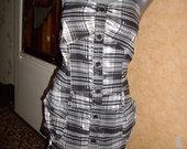 Grazi blizganti suknele su svarkeliu