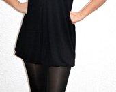 Klasikinė trumpa juoda balta suknelė