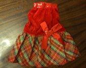 raudona suknute