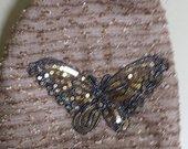 Nerinuota, stilinga, KEPURE su drugeliu