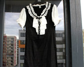 Puiki juodai balta suknele