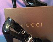 Gucci bateliai