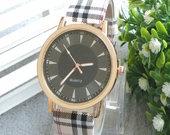 Burberry stiliaus laikrodis