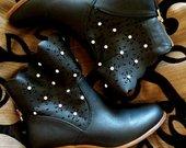 Juodi rudeniniai batai