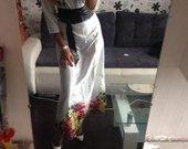Balta ilga suknele