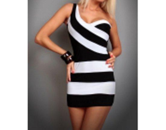 uzsakomos sukneles
