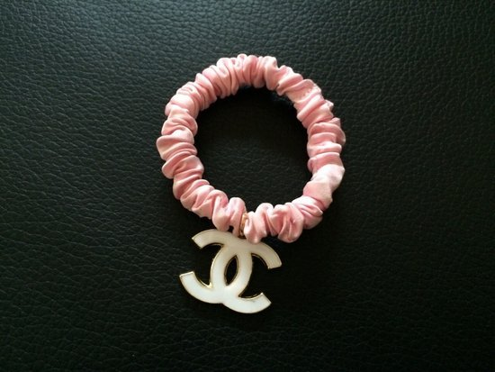 Chanel gumyte