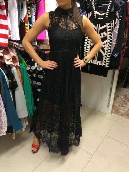 Valentino juoda gipiurinė vakarinė suknelė