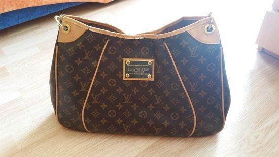 LV . Louis Vuitton rankinės kopija