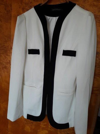 svarkelis baltas su juodu