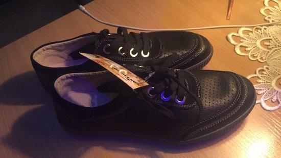 nauji odiniai batai. ispardavimas tik 10e.