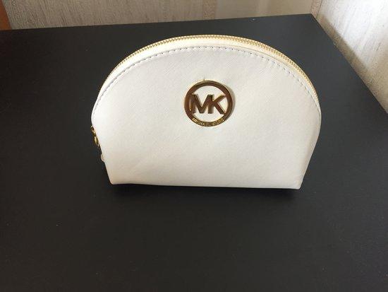 MK kosmetinės.