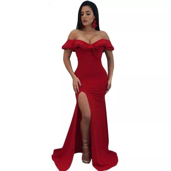 Raudona ilga proginė suknelė