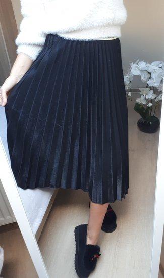Plisuotas sijonas
