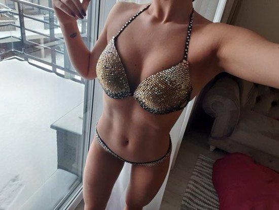 Varžybinis fitneso bikinis