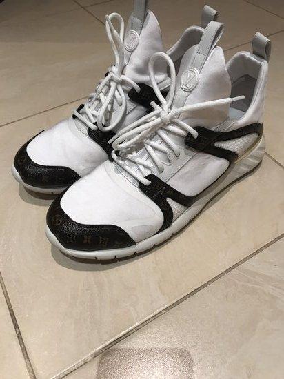 Sneakerers