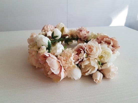 Nauji gėlių vainikėliai įvairioms šventėms