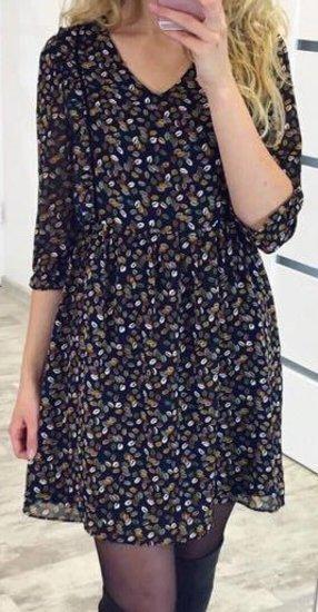 Legvutė marga suknelė