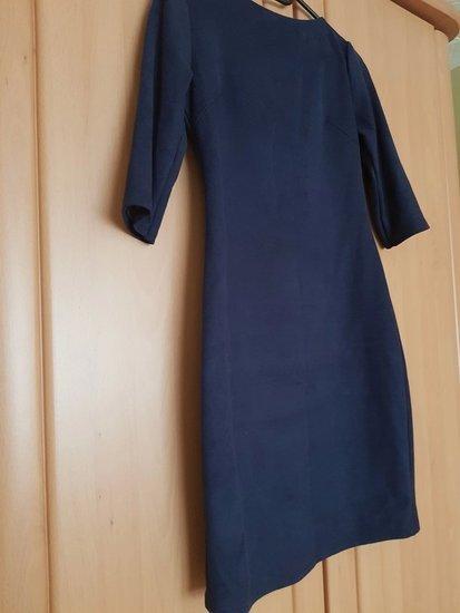 Tamsiai mėlyno veliūro lietuvių suknelė