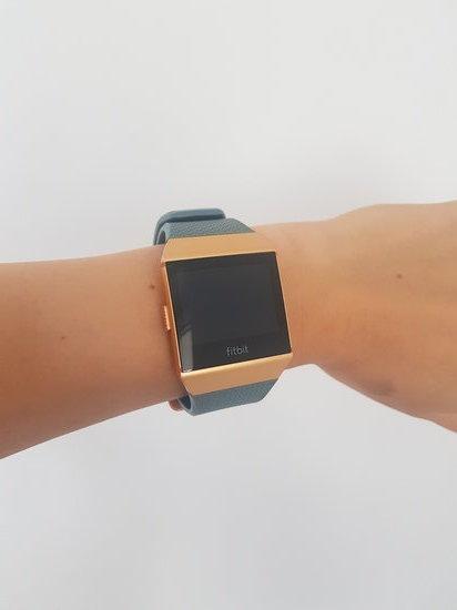 Fitbit iconic