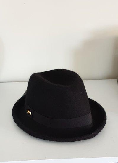 Ted baker skrybėlė