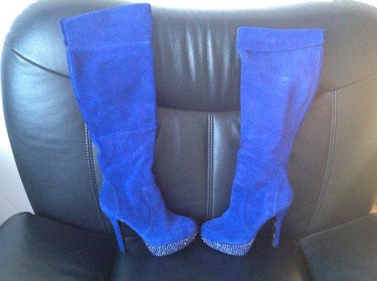 Nuostabūs verstos odos batai