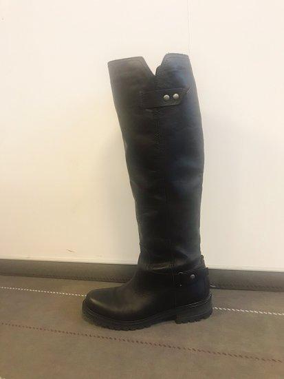 Puikios kokybes tommy hilfiger batai