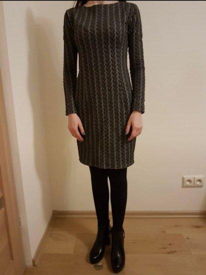 Rankų darbo suknelė