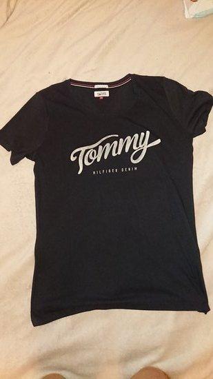 Tommy Hilfiger mot marškinėliai
