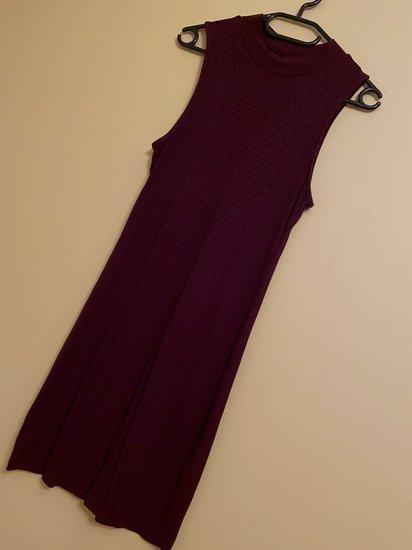 Paprasta daili suknelė
