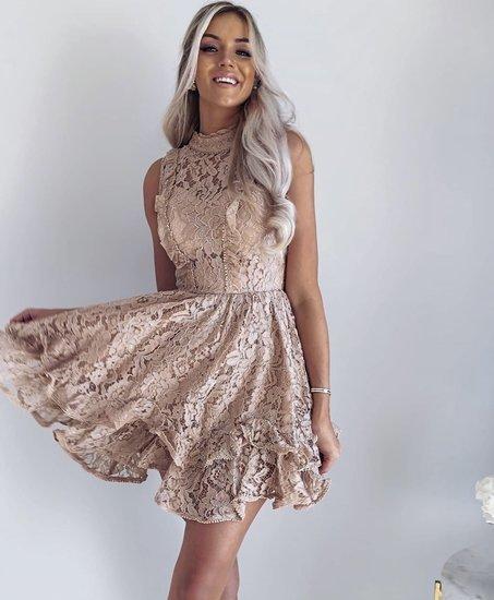 Nauja progine puosni suknele