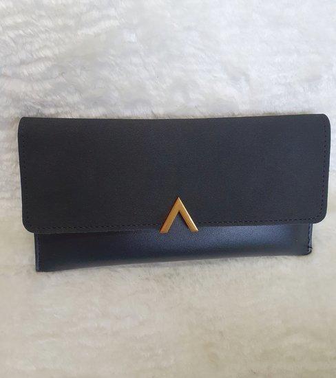 Nauja juoda elegantiška piniginė