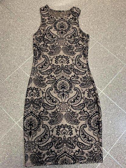 Marga, ilga suknelė
