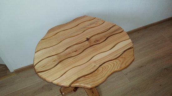 Gryno medžio  baldai ir kt.