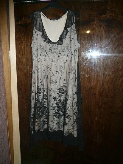 Lengva vasarine suknele