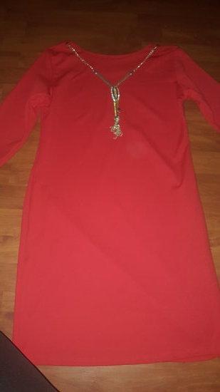 raudonaa suknute
