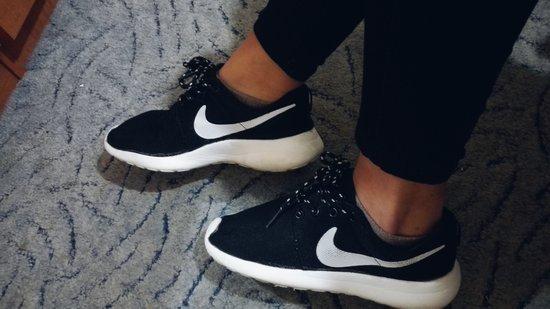 Nike roshe run batai juodi