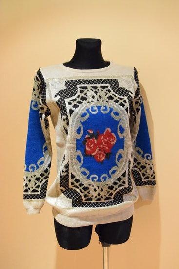 vienetinis isskirtinis kuno spalvos megztinis