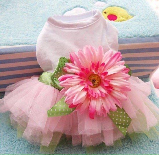 Puošni suknelė su didele gėle