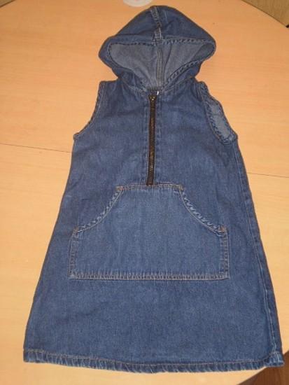 Dzinsinis sarafanas mergaitei H&M, 104 cm.