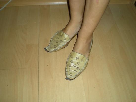 aladino odinės basutės-šlepetės